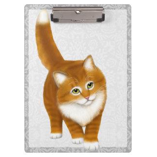 Tablero anaranjado amistoso del gatito del Tabby d