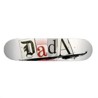 Tablero blanco del patín de DADA