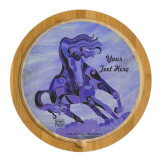 Tablero corriente del queso del caballo púrpura