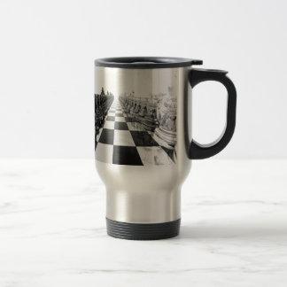 tablero de ajedrez blanco y negro 3D Taza Térmica