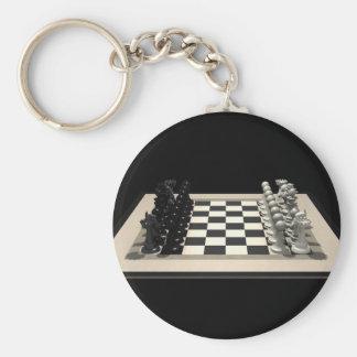 Tablero de ajedrez con los pedazos de ajedrez Lla