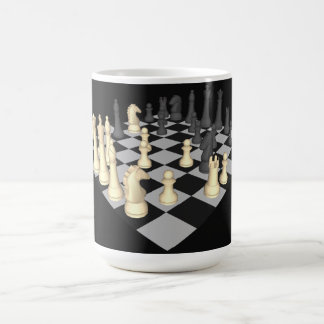 Tablero de ajedrez con los pedazos de ajedrez - taza clásica