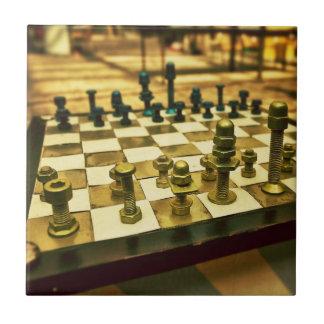 Tablero de ajedrez fresco con las nueces - y - per teja cerámica