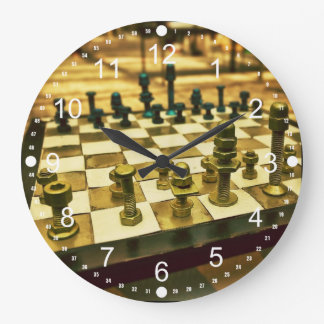 Tablero de ajedrez fresco con las nueces - y - per reloj redondo grande
