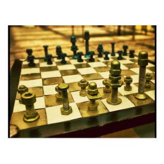 Tablero de ajedrez fresco con las nueces - y - postal