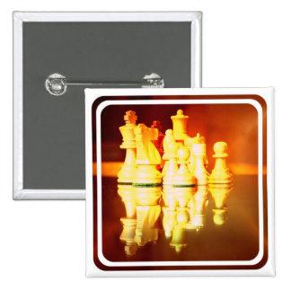 Tablero de ajedrez y Pin cuadrado de los pedazos
