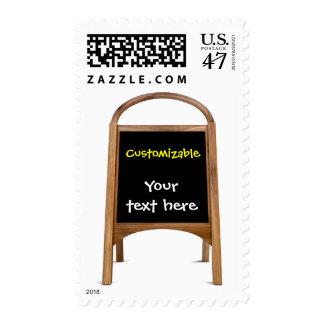 Tablero de bocadillo de madera sellos postales