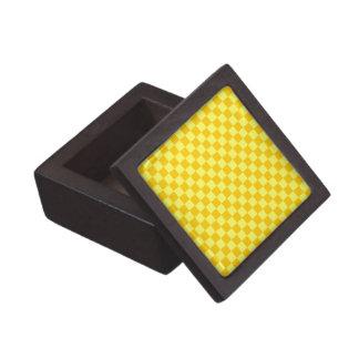 Tablero de damas amarillo de la obra clásica de la caja de joyas de calidad