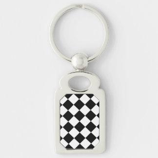 Tablero de damas blanco negro del diamante llavero plateado rectangular