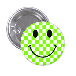 Tablero de damas chartreuse y cara sonriente negra pin redondo de 1 pulgada