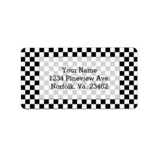 Tablero de damas clásico blanco y negro etiquetas de dirección