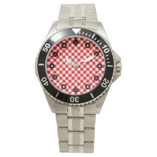 Tablero de damas clásico rojo y blanco relojes