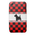 Tablero de damas de Terrier del escocés del perro  iPhone 3 Case-Mate Cárcasas