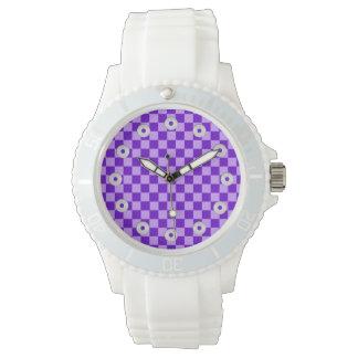 Tablero de damas púrpura de la obra clásica de la reloj