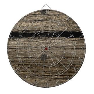 Tablero de dardo de madera rústico del tablón