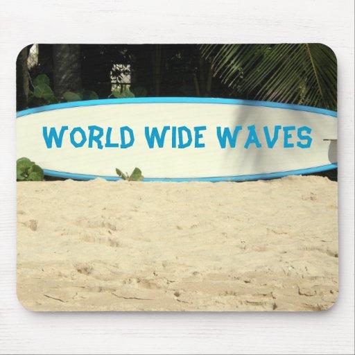 tablero de resaca en una playa tapetes de raton