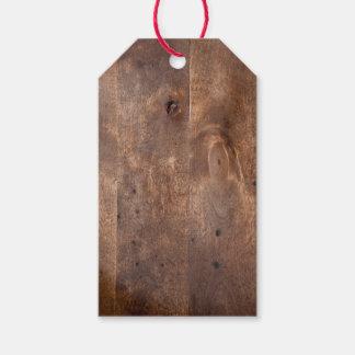Tablero gastado del pino etiquetas para regalos