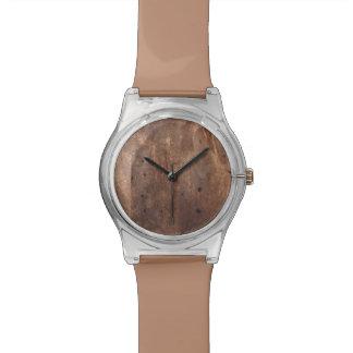 Tablero gastado del pino reloj