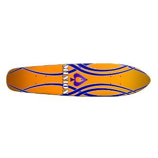 Tablero llameante de la espada del subordinado (es monopatin personalizado