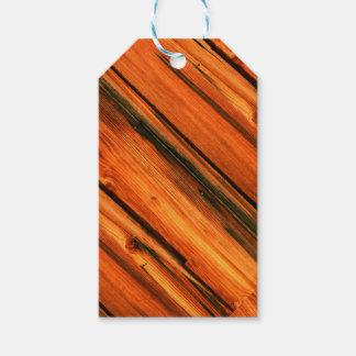 tablero rústico del pino etiquetas para regalos