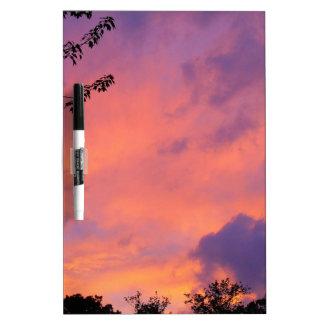 Tablero seco del borrado de la puesta del sol del  tablero blanco