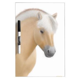 Tablero seco del borrado del caballo noruego joven pizarra