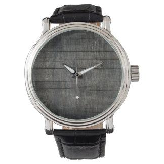Tablero simple y rústico del granero reloj de mano