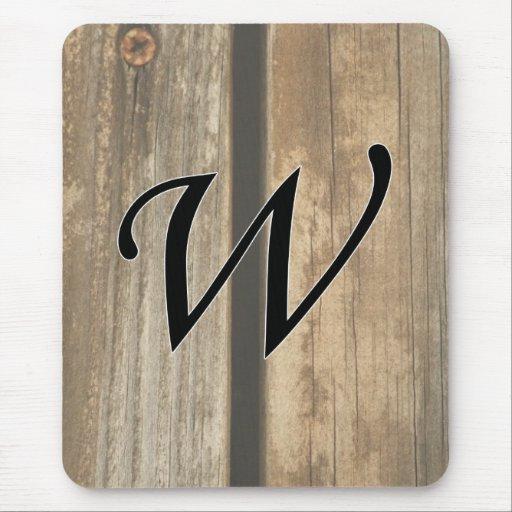 tableros de madera verticales del monograma de w alfombrilla de ratón