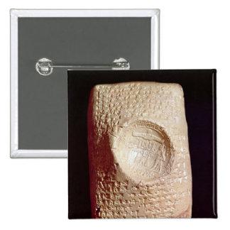 Tableta con la inscripción cuneiforme pin cuadrado