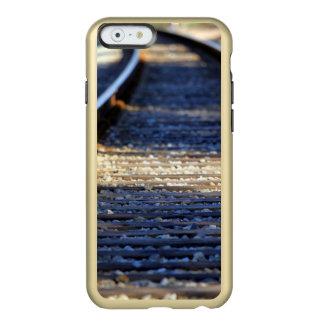 Tachuelas del tren funda para iPhone 6 plus incipio feather shine