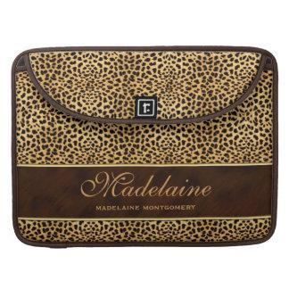 Tacón de aguja con la impresión del guepardo fundas para macbook pro