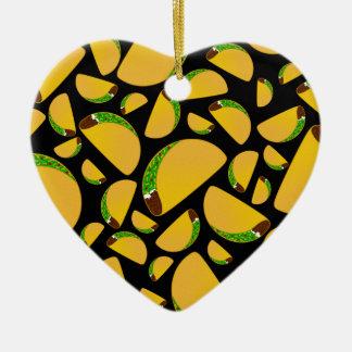 Tacos negro adorno de cerámica en forma de corazón