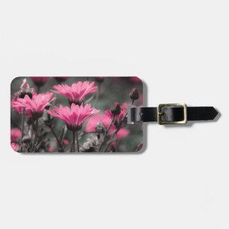 Tacto del rosa etiquetas para maletas