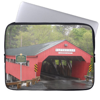 Taftsville Covered Bridge, Vermont Laptop Sleeve