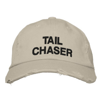 TAIL CHASER DEER HUNTING EMBROIDERED BASEBALL CAP