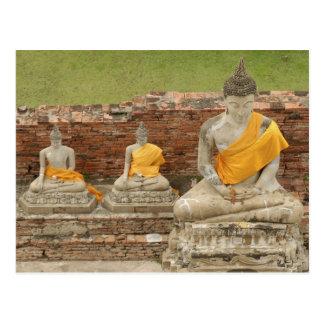 Tailandia, Ayutthaya. Estatuas de buddhas que se s Tarjetas Postales