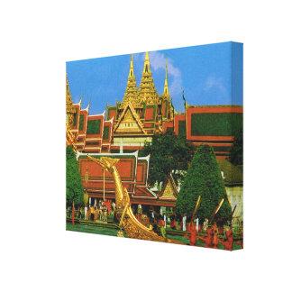 Tailandia, Bangkok, palacio magnífico y gabarra re Impresión En Lienzo