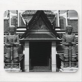 Tailandia Bangkok Wat Phra Kaeo 1970 embarazada Alfombrillas De Raton