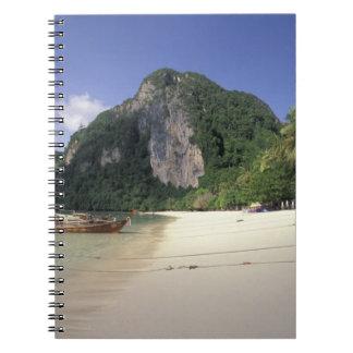 Tailandia, mar de Andaman, isla de la phi de la ph Spiral Notebook