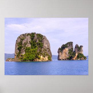 Tailandia, mar de Andaman. Islas del Ao Phang Nga  Póster