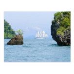 Tailandia, mar de Andaman. Nave de podadoras de Fy Postales