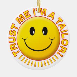 Tailor Trust Me Smiley Round Ceramic Decoration