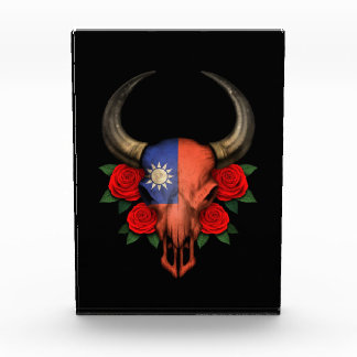 Taiwanese Flag Bull Skull with Red Roses Awards