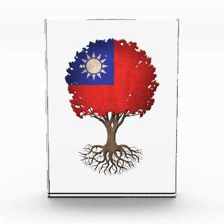 Taiwanese Flag Tree of Life Customizable Awards