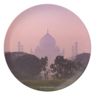 Taj Mahal 2 Melamine Plate