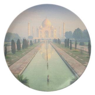 Taj Mahal, Agra, India 2 Dinner Plate