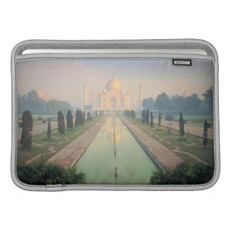 Taj Mahal, Agra, India 2 MacBook Sleeve