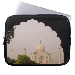 Taj Mahal, Agra, Uttar Pradesh, India 2 Computer Sleeve