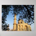 Taj Mahal  at sunrise. Agra, India 2008. Print
