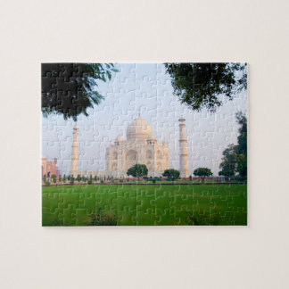 Taj Mahal at sunrise one of the wonders of the Jigsaw Puzzle